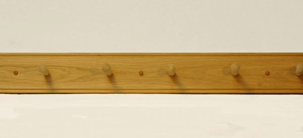 oak shaker peg rail
